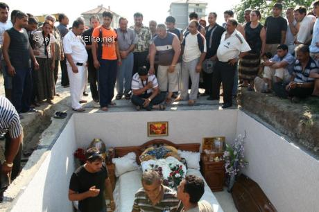 Gipsy funeral