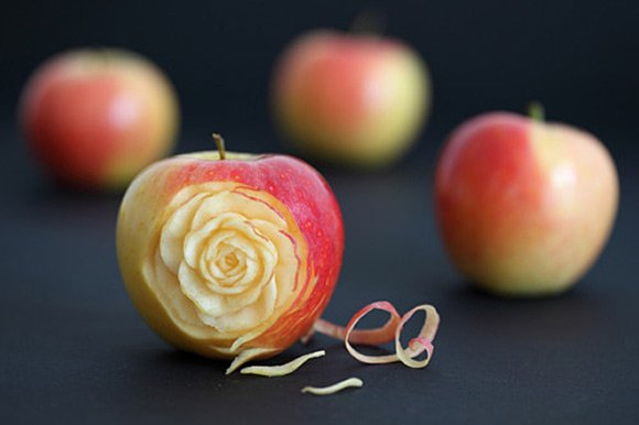 Apple rose
