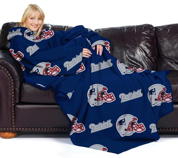 New England Patriots Comfy Throw Blanket with Sleeves
