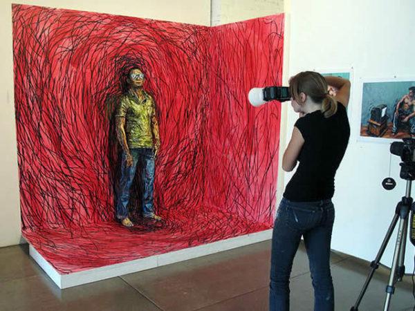 Alexa Meade paints-27