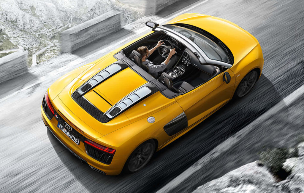 2436x1552_r8-spyder-roof-down